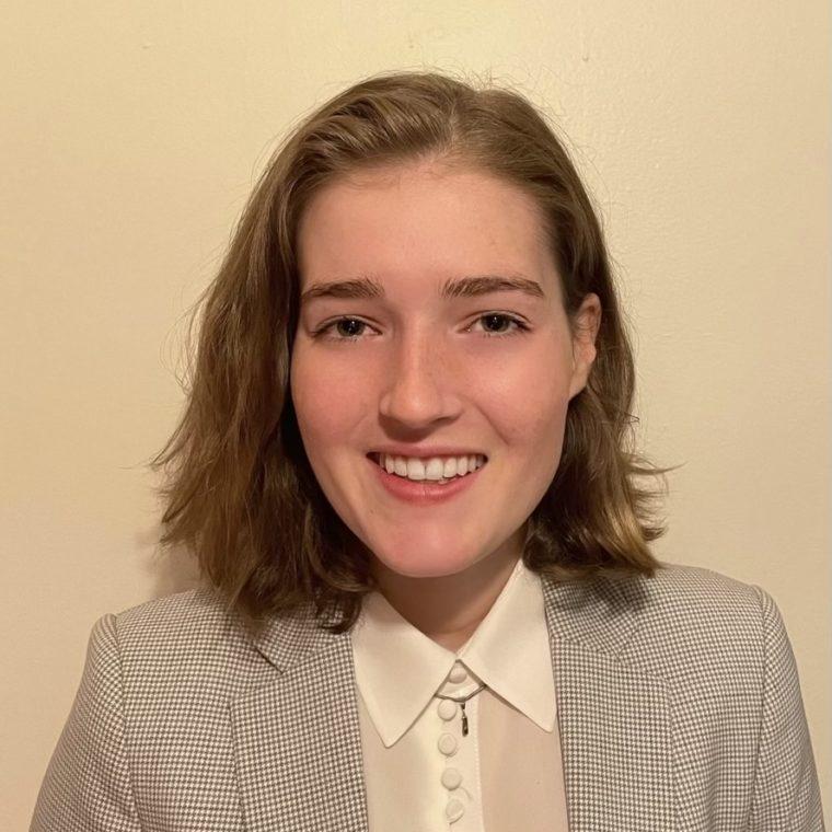 headshot of Lydia Rowen